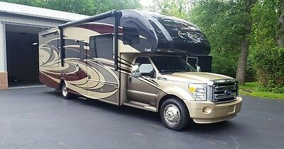 2017 Four Winds 35SD DIesel Super C - Only 4900 Miles - LIKE NEW!!
