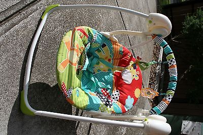Fisher-Price Colourful baby swing