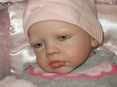Reborn baby girl - Kylie Sculpt by Romie Strydom - LE - Price Reduction !!!!!