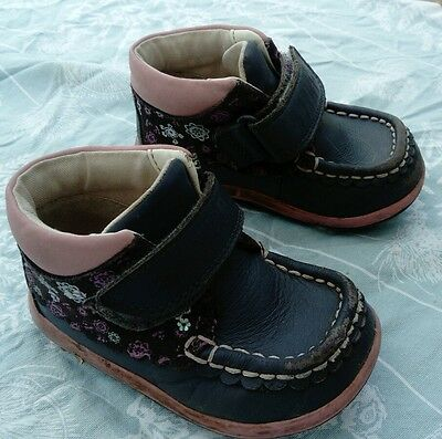 clarks infant girls shoes size 5H