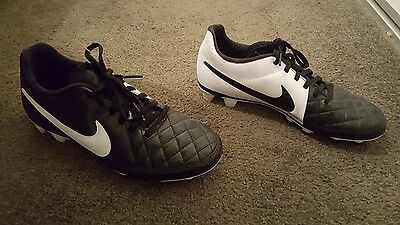 nike soccer boots boys size 7