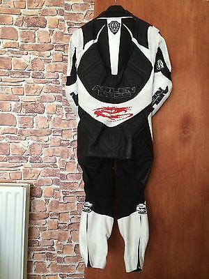 Arlen Ness Race Leathers, Hardly Used Size 40 Black And White