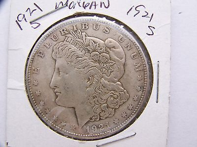 1921 S  MORGAN Dollar 90 % SILVER   - Circulated date -