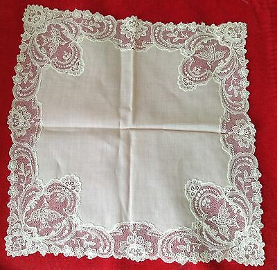 Antique Lace Wedding Hankie  Pretty Ivory Handkerchief Little Birds on Corners
