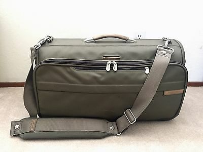 "Briggs Riley Tri-Fold Garment Bag Luggage Carry-on Green 22""x14""x8"" Barely Used"