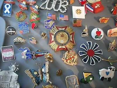 HUGE 1.56 LB lot of 107 Pins / brooch Vintage , modern to now  UNTESTED