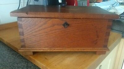 Lovely Antique Arts And Crafts Oak Box* With Key*