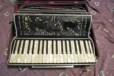 Vintage Excelsior Accordiana Piano Accordion 41/120 missing high Eb *Worldwide*