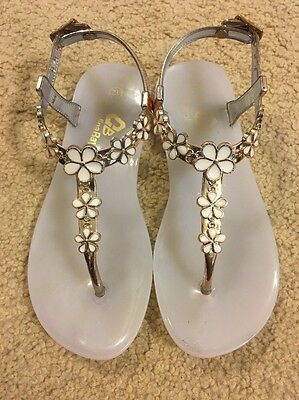 Toddler Girls White And Gold Sandals Size 12