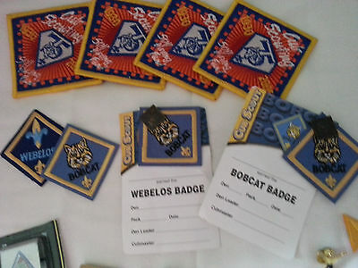 cub scout patches / plus belt hoops  /  mixed lot