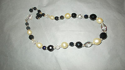 Signed VENDROME bead necklace