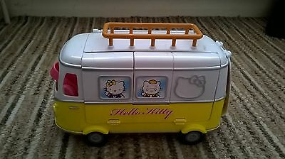 Hello Kitty Camper Van and accessories - NOT COMPLETE _ USED