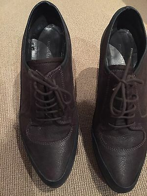 Ladies Leather Shoes Size 38