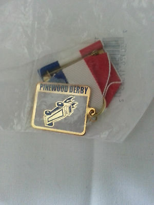 red white & blue pinewood derby pin
