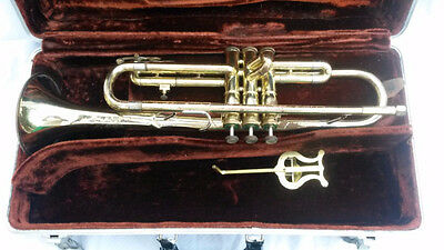 Vintage OLDS AMBASSADOR TRUMPET with Mouthpiece and CASE!!!
