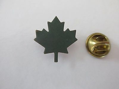 Rare Canada Green Maple Lapel Pin  - Pinback Epinglette