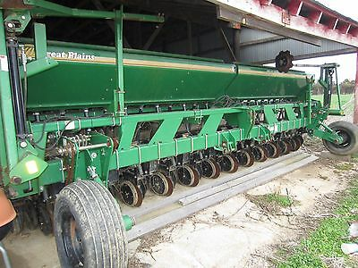 "Great Plains 2020P Precision Seeding System Drill 10"" Spacing with Markers"
