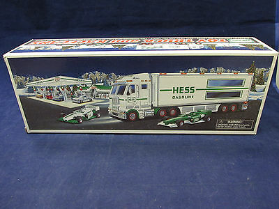 NOB 2003 Hess Gasoline Toy Truck & Racers  w/ Lights