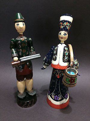 Russian Folk Art Decorative Hand-Painted Pair of Wooden Figurine