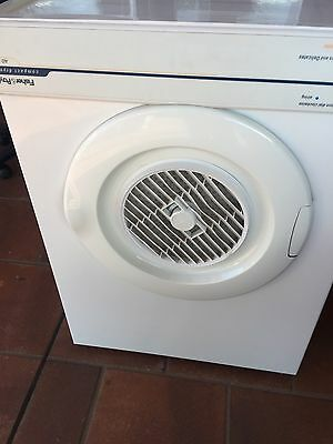 Fisher & Paykel 3.5kg Clothes Dryer Top Condition