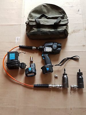 CEMBRE BATTERY OPERATED HYDRAULIC TOOL BTEPE2.DET12 for  rail web connections