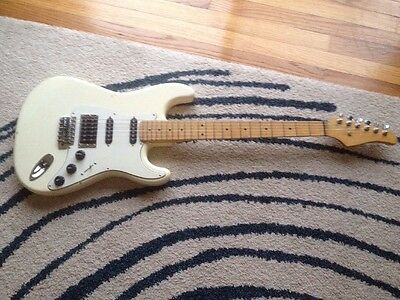 Vintage Hss Stratocaster Type Electric Guitar Made In Japan