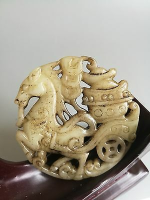 Unique Chinese old jade skillfully carving hollow out statue pendant