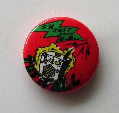 THE FALL I'M JUST INTO C.B VINTAGE METAL BUTTON BADGE FROM THE 1980's
