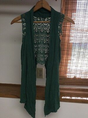 Daytrip Women's Size Medium Green Crochet Back Open Front Vest