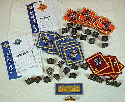 Lot New Official Cub Scout Rank Pins & Patches Bobcat, Tiger & Wolf. Ships Free.