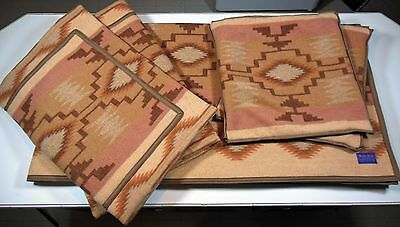 Pendleton Beaver State Large Wool Reversible Blanket W/ 4 Matching Pillow Shams.