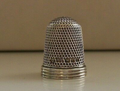Lovely Rare Robert Pringle (7) Solid Silver Thimble Hallmarked Chester 1893