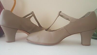 "Capezio 2"" t-strap character shoes - Size 9 - Beige leather"