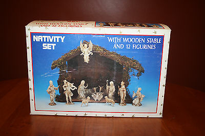 Vintage Trim A Home Nativity Set Wood Stable 12 Plastic Figures in Box  GUC