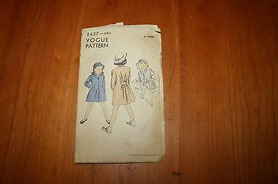Vintage Vogue Sewing Pattern 2437 Girls Coat 14 Pieces 6 Years 1950 Conde Nast