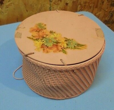 Vintage  Round Wicker Sewing Basket PINK with Spool Caddy Holder Retro Wood Lid