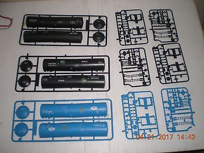 Lot of 3 Walthers HO scale 54' Tank Car Parts