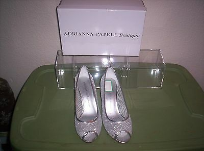 Adrianna Papell Boutique  size 7  Jessica  Silver Honeycomb Mesh