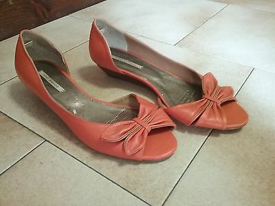 Tony Bianco Size 7 Low Wedge Heels