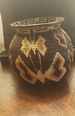Fine Hand-Woven Wounaan Embera Basket Butterflys Dragon Flys From Panama