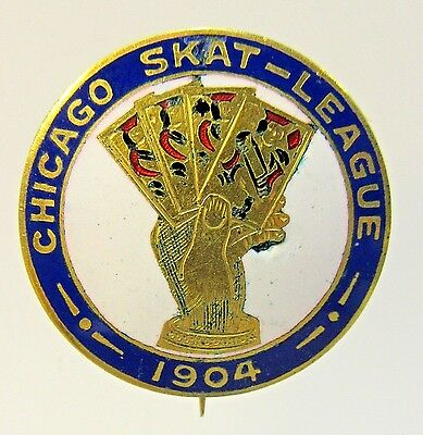 magnificent 1904 CHICAGO SKAT LEAGUE Card Game enamel inlay pinback button +