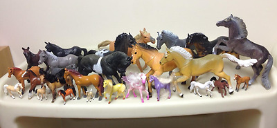 Horses Lot Of 26 Different Sizes
