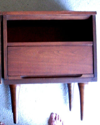 PAIR of VINTAGE 1950's EAMES ERA WALNUT NIGHTSTANDS WARD