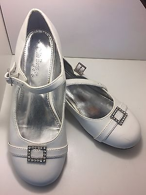 White Flower girl/Confirmation Shoes. Size 3