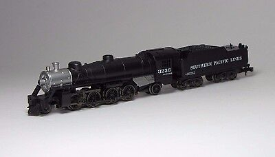 Marklin Mini Club Z Scale Locomotive Southern Pacific Lines 2-8-2 Mikado