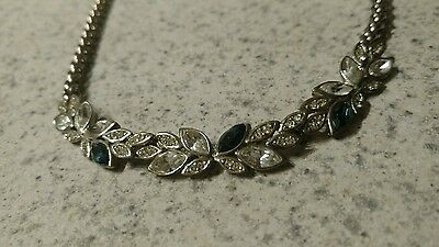 Vintage Silvertone necklace leaves
