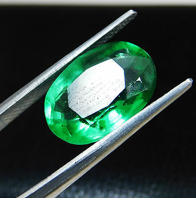 Certified 4.95 Ct. Natural Oval shape Colombian Loose Emerald Gemstone. D891
