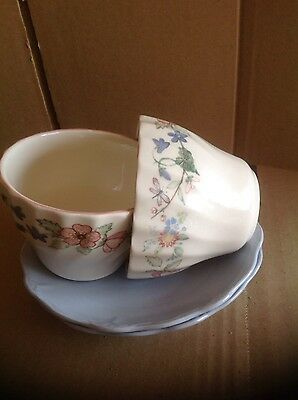 vintage/antique/shabby chic SWINNERTONS tea cups and saucrrs
