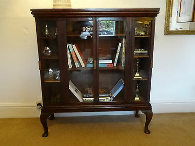 BEAUTIFUL RARE ANTIQUE PRIMITIVE BOOKCASE DISPLAY CABINET 18thc OAK & MAHOGANY