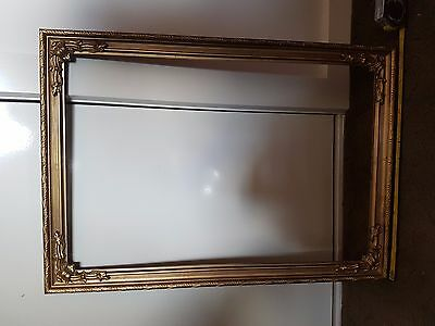 Antique Victorian Picture Frame,plastic,reproduced